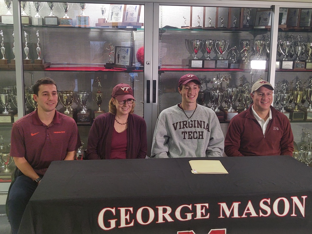 Mustang Signs To Be A Hokie